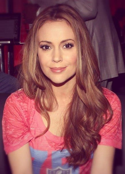 Jeunesse éternelle. Beautiful hair. Alyssa Milano