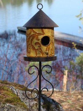 50 best images about unique bird houses on pinterest for Types of birdhouses for birds