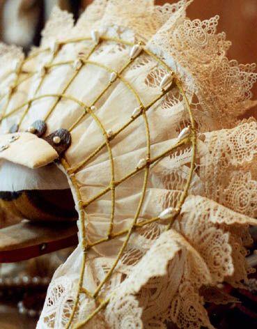 underside, Elizabethan ruff