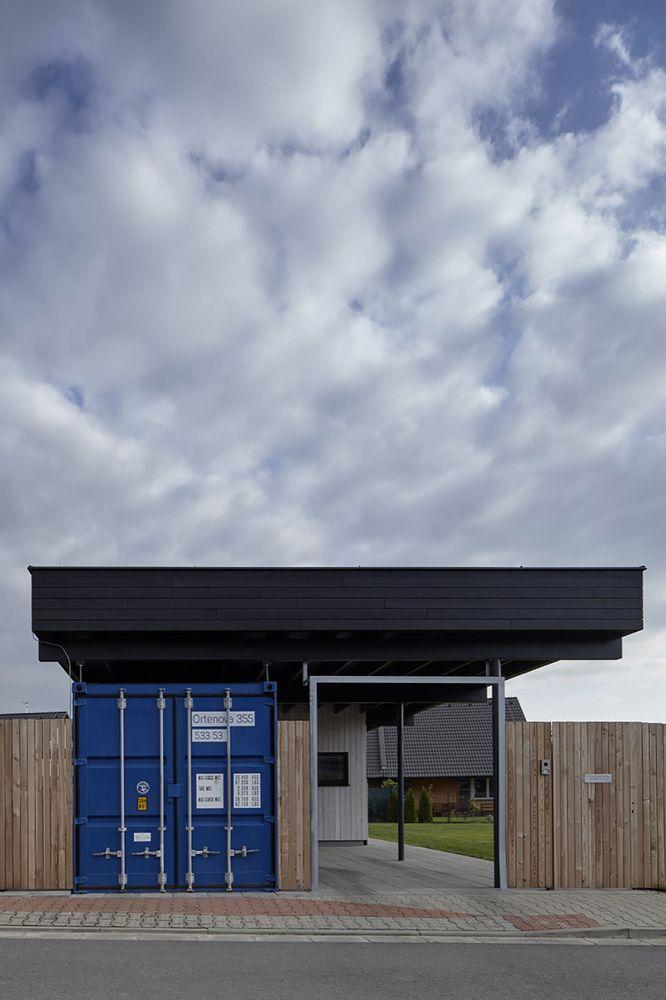 nowoczesna STODOLA_The Fence House_Mjölk architekti_03