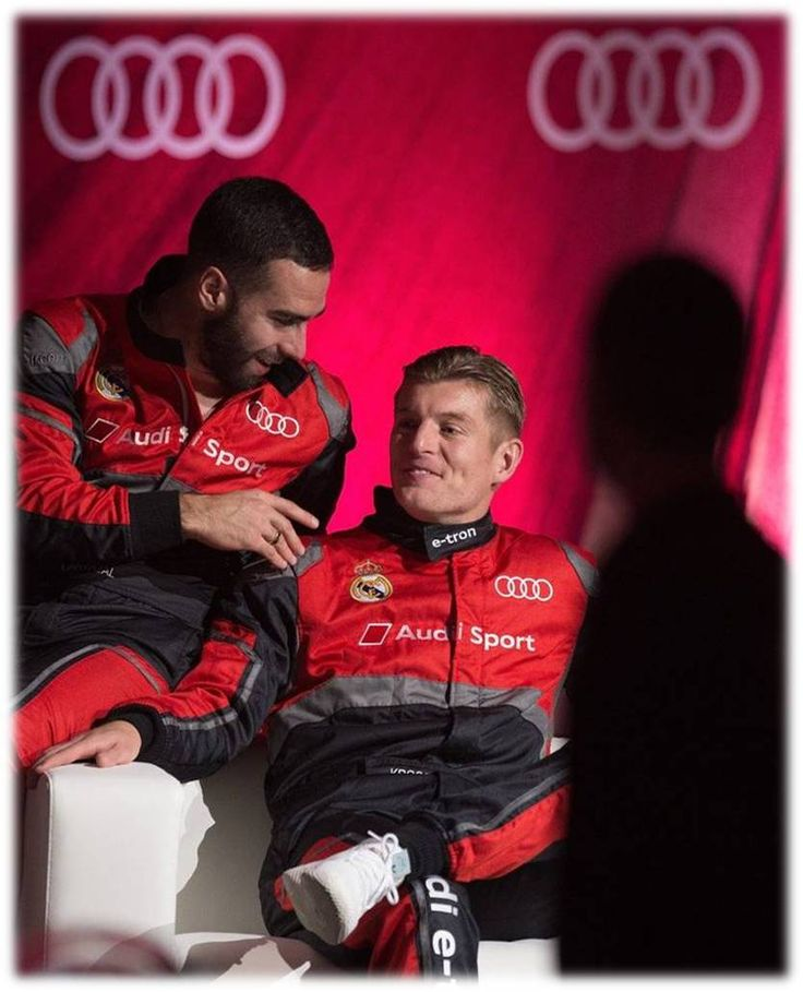 DANII and TONII..!! Audi (Spain) organised a competition between players with formula E simulators...#RM Players pitted their driving skills against each other in a simulated race to see who was the king of the race....