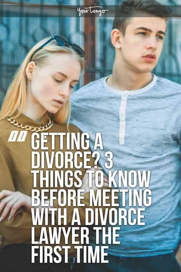 3 Dinge, die Sie wissen sollten, bevor Sie sich zum ersten Mal mit einem Scheidungsanwalt verabreden Bekommen Sie eine Scheidung? Der Scheidungsprozess kann langwierig und emotional sein, aber vor dem ersten Treffen mit einem Scheidungsanwalt müssen Sie einige Dinge wissen und darauf vorbereitet sein.