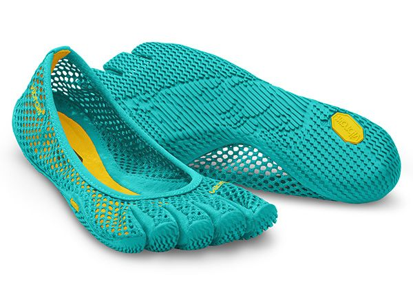 Barefoot Fitness VI-B   Vibram FiveFingers - These would be perfect for the boat this summer.