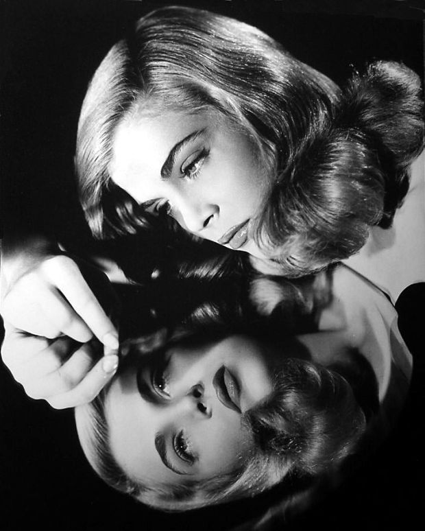 a-moment-in-time-87:Lizabeth Scott