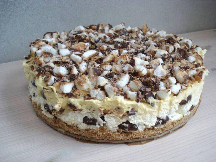 Maak deze heerlijke bokkenpootjes taart met vanillepudding... Iedereen vind deze…