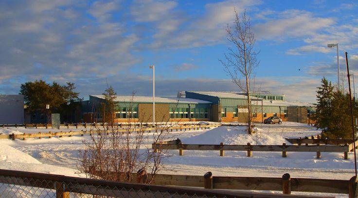 Dene High School in La Loche, Saskatchewan is part of the La Loche Community School. © Kayoty / Wikipedia