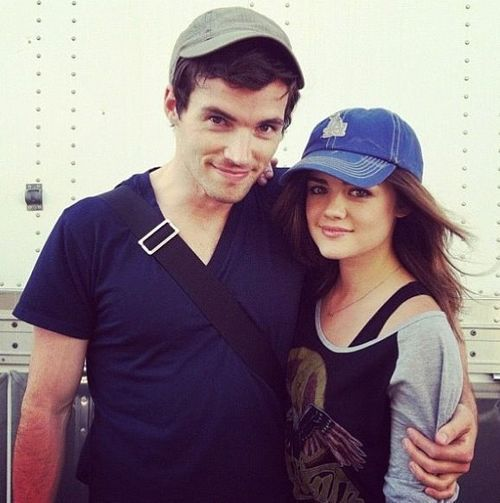 Mr fitz and aria dating in real life