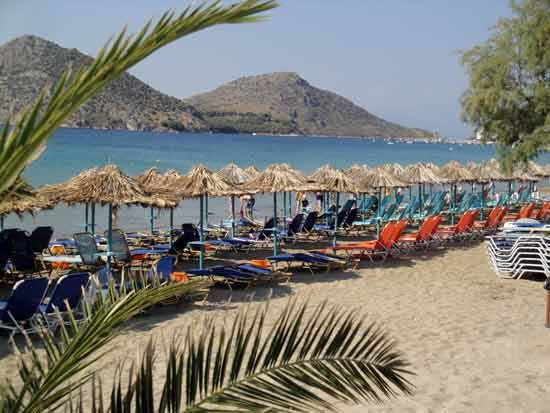 Psili Ammos beach in #Tolo, #Peloponnese, #Greece