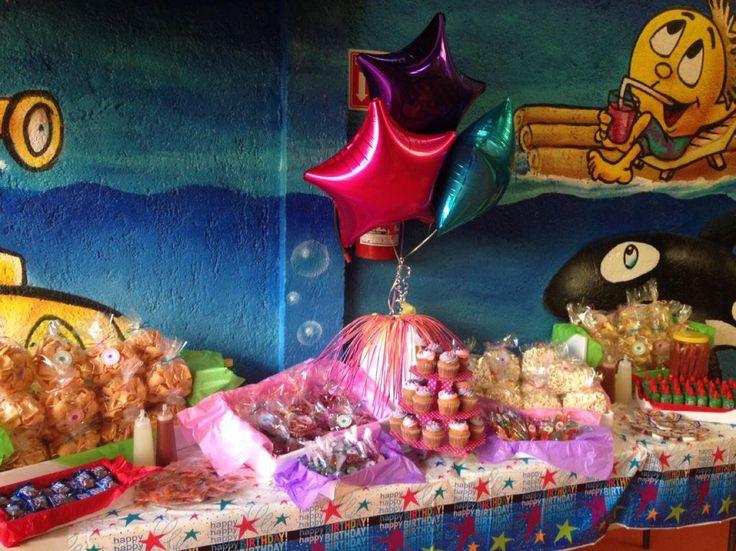 Mesa de Dulces & Postres #cupcakes #botanas #dulces #mexico #cdmx #fiestainfantil