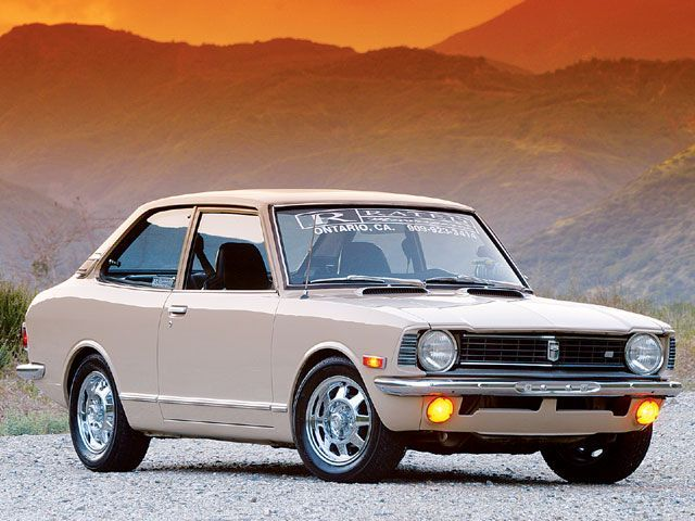 1973 Toyota Corolla:  Super old skool cool.  Daddy want!!!