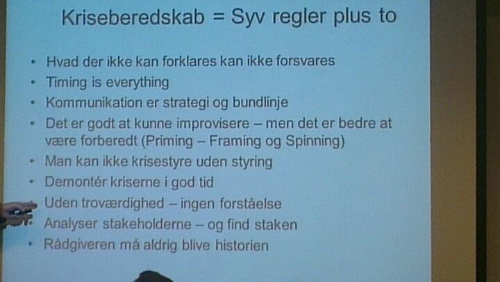 Nøglebudskaber fra session med Anker Brink Lund og Anders Krarup på Journalistforbundets Fagfestival flugter med Skovflåtmodellen - en ny kommunikationsmodel til at indgå et inficeret omdømme