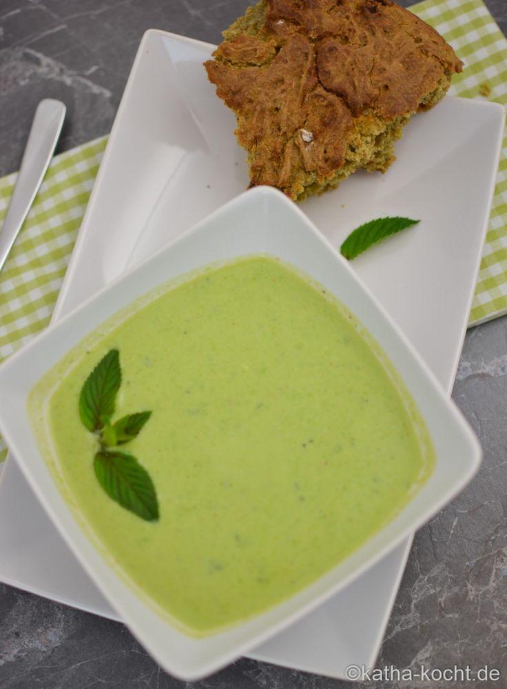 Erbsensuppe mit Minze und Limette - Katha-kocht!