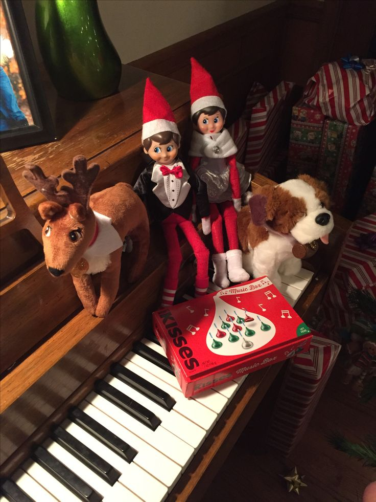 17 best images about elf on the shelf on pinterest for Elf on the shelf chocolate kiss