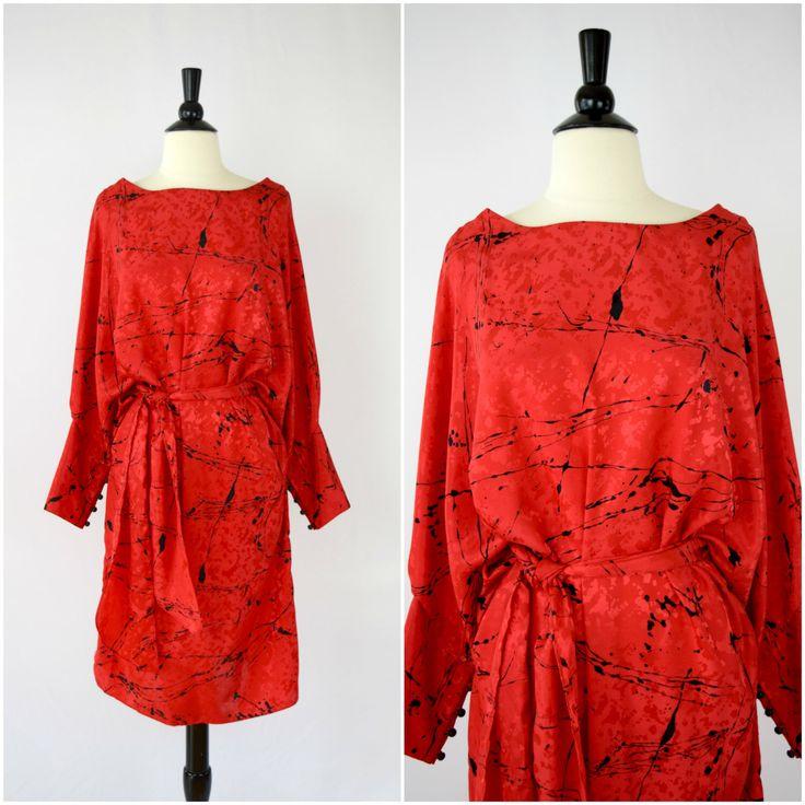 Vintage rode en zwarte verf plons jurk / 80s drop taille jurk door OldSchoolSwank op Etsy https://www.etsy.com/nl/listing/262967017/vintage-rode-en-zwarte-verf-plons-jurk