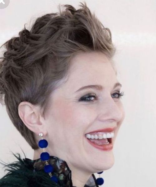18+ New Effortless Short Pixie Hairstyles 2020 for Girls and Women