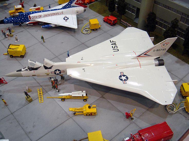 North American XF-108 Rapier model
