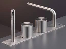 CEA DESIGN OPUS #CEADESIGN #bathroom #modernbathdesign #moderndesign #ceadesign #handshower #plumbingfittings #interiordesign #brooklynshowroom #metropolitanhome #mhhbdumbo