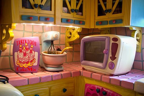Minnie's Microwave and Mixer...old Toontown that has now been replaced by Fantasyland!