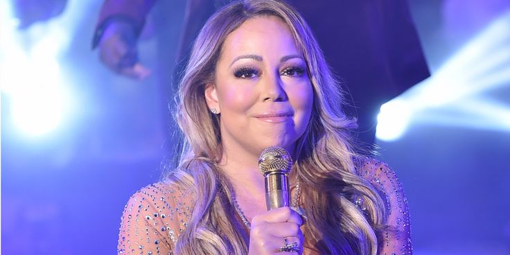 A Morning Show Is Being Slammed For Breaking The Las Vegas Shooting News To Mariah Carey On Live Tv  #mariahcarey