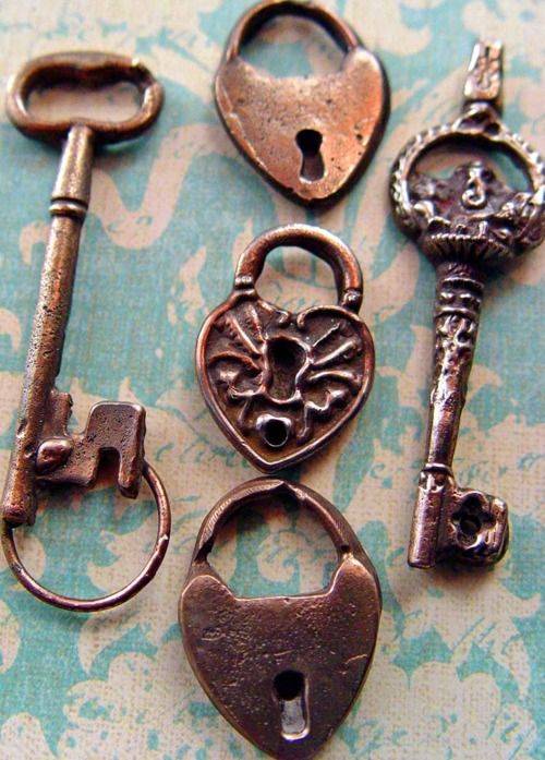 Vintage Keys - Love the Heart one.