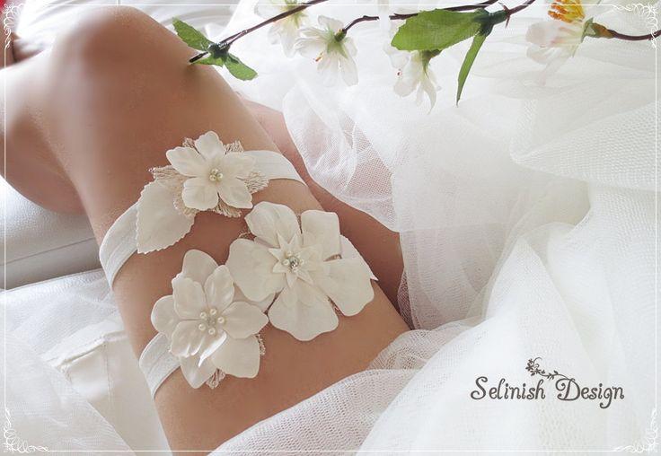 Ivory Flower Garter Set, Bridal Garter Set, Something Ivory, Flower Garters, Ivory Weddings, Something Ivory-code:G155ivory by SelinishDesign on Etsy