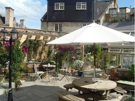 The Old Brewhouse, Cirencester | LateRooms.com