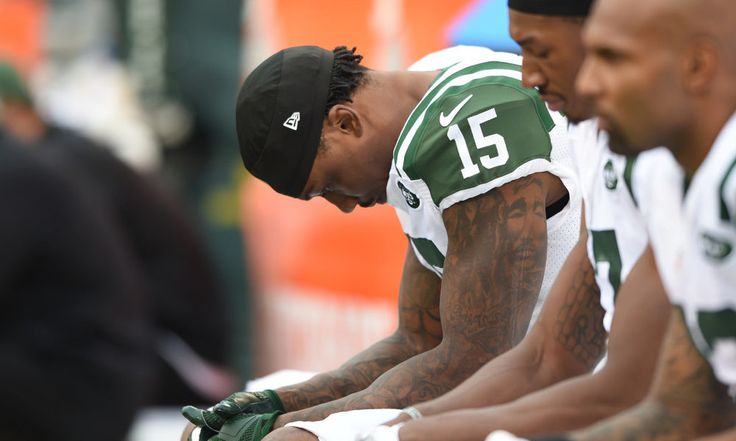 Jets' WR Brandon Marshall: 'I would be disappointed if I was traded' = The NFL's trading deadline comes this Tuesday at 4 PM and New York Jets star wide receiver Brandon Marshall has been rumored to potentially be on the move. For the Jets, who sit at 3-5, a trade of Marshall could bring them.....