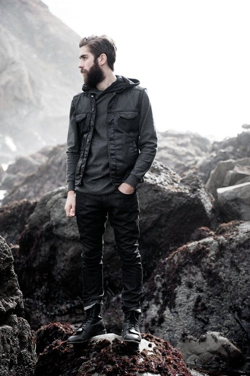 There's a difference between being a mountain man and styling your wardrobe after one. This is a perfect example.