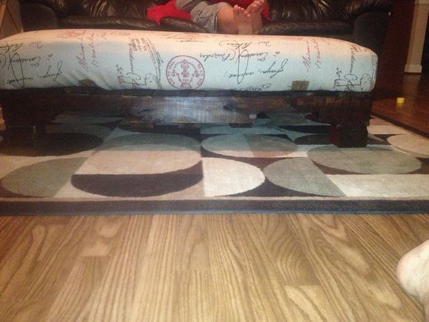 Picture of Pallet Ottoman | Furniture | Pinterest