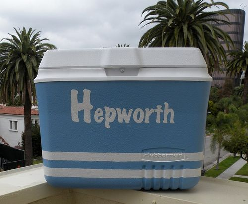 Painted cooler....cool!: Faded Coolers, Coolers Paintings, Coolers Coolers, Paintings Coolers, Sprays Paintings, Cool Ideas, Ice Chest, Paintings Projects, Paintings Design
