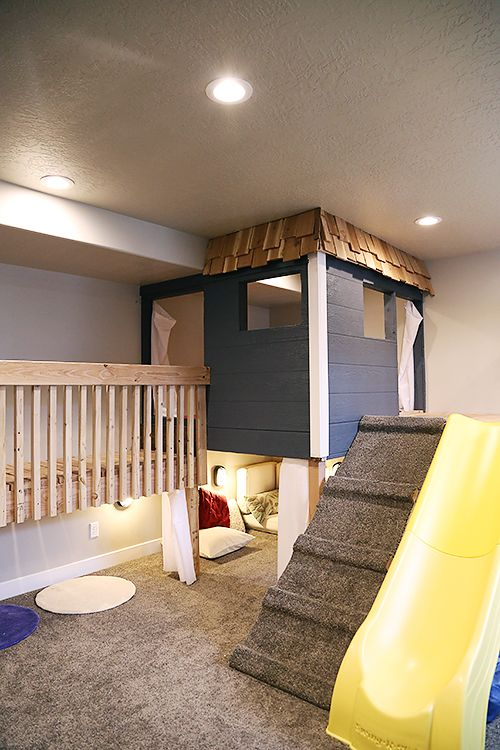 Living With Kids: Camille Turpin, this house has so many things I love like a huge fun playroom with tunnels, gymnastics in the garage, and so many others!