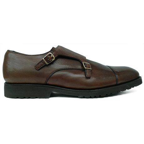 Zapato monsktrap de doble hebilla con puntera recta en piel grabada marrón de Calce vista lateral