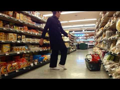 This is too cool ...Northern Soul dancing in a Japanese supermarket 40yrs after and 6000 miles from Manchester and TOTALLY has the moves period correct!  I think it's the Chris Clark version of 'Do I love You (indeed I do)' and not Frank Wilson ...but just too cool anyway and the 'have a good day' announcement at the end is great!