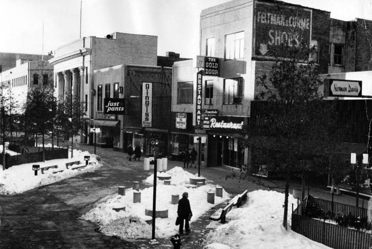 Jan. 28, 1976: The Oak Park Mall as seen Jan. 28, 1976. The mall, which predated the village's downtown, used to be only for pedestrians. No...