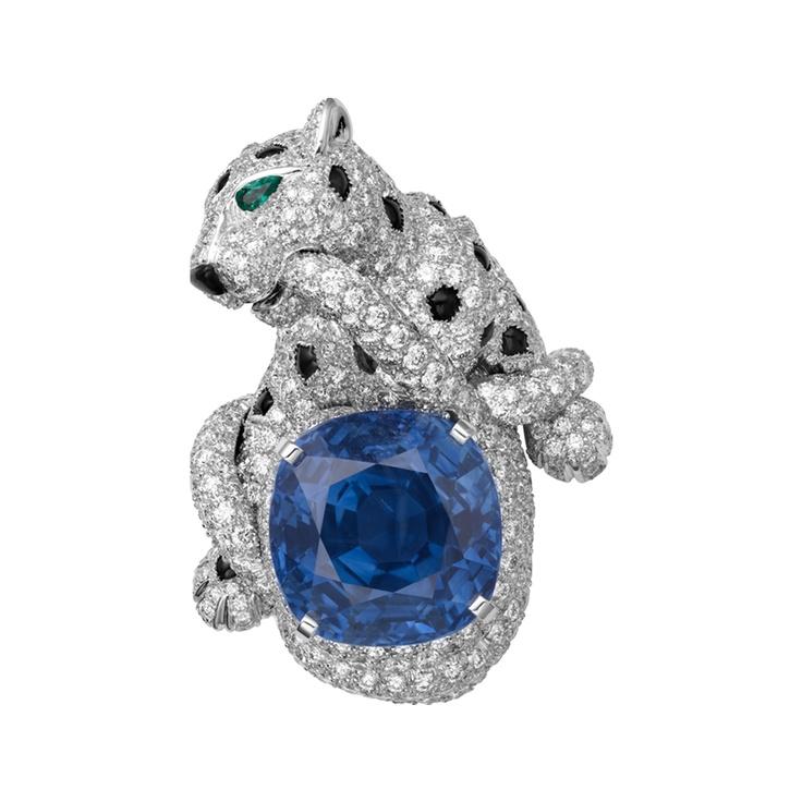 Panthère de Cartier ring    Platinum, cushion-cut Ceylon sapphire, onyx spots, onyx nose, emerald eyes