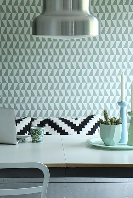 Papel Pintado Geométrico  http://tienda.puntosuspensivo.com/   Tapeten kommer från Boråstapeter ur kollektionen Wallpapers by Scandinavian Designers.