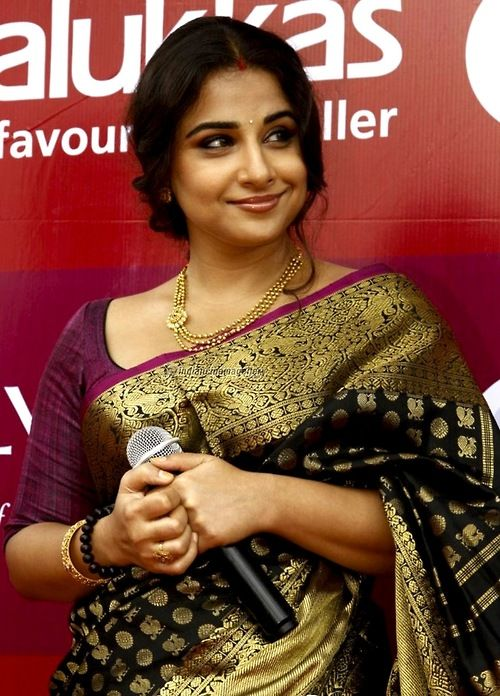 #Vidya Balan #saree https://www.facebook.com/beautagonal?ref=tn_tnmn