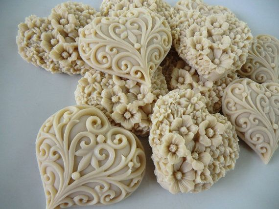 25 Heart Soap - wedding favor, bridal shower favor