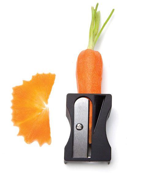 Giant vegetable peeler and sharpener: all in one