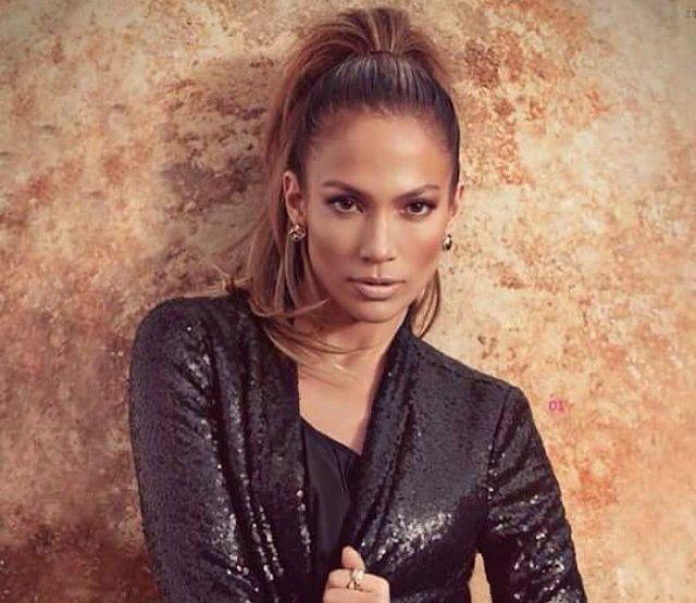 Jennifer Lopez high ponytail