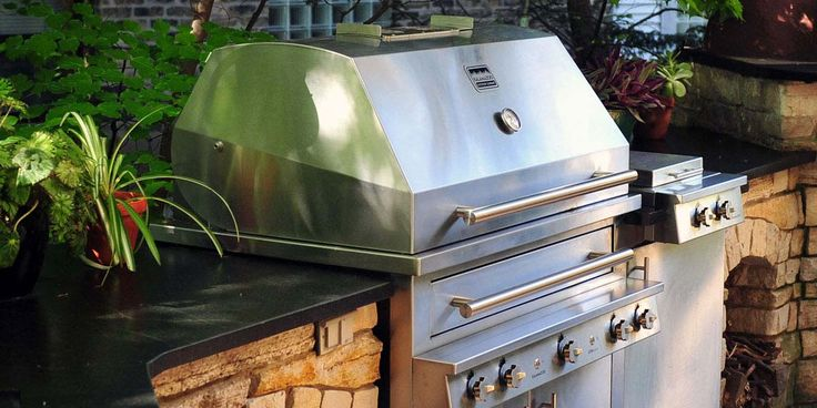 The Hybrid Fire Grill from Kalamazoo