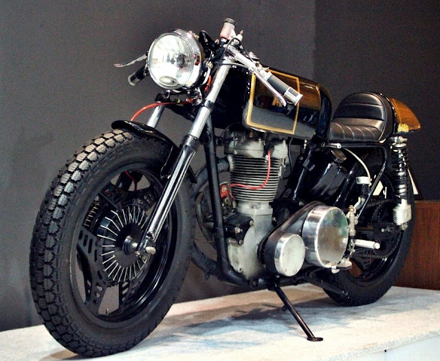 Matchless 500cc Single Cafe Racer by Studio Motor