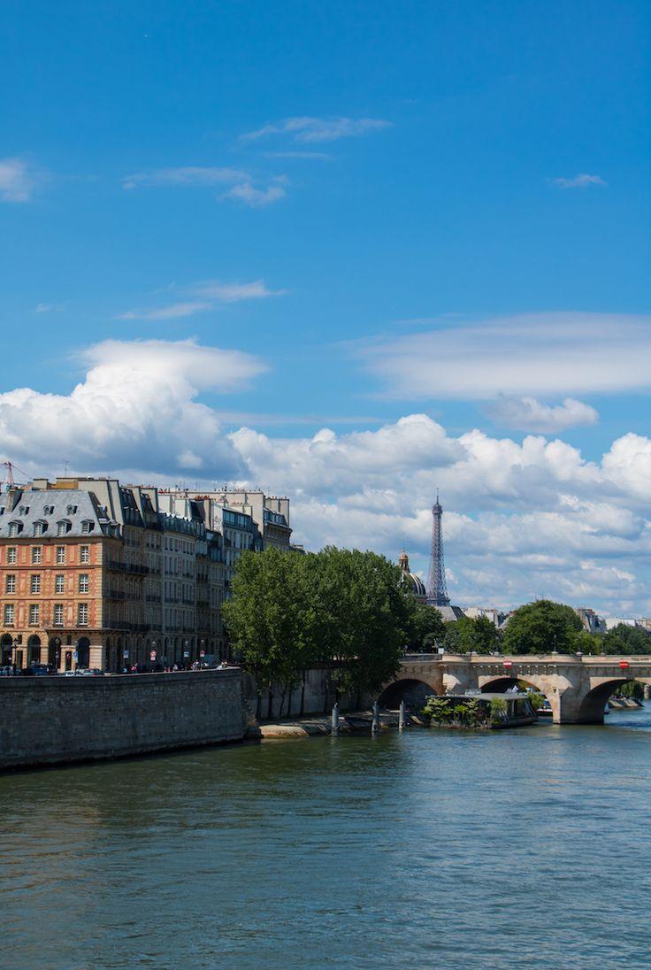 Paris Paris mon amour. Eine Stadt, die sich immer lohnt, egal ob für einen Kurztrip oder gleich zwei Wochen. PASSENGER X verrät dir 21 Highlights der französischen Hauptstadt. So wird deine Reise unvergesslich.