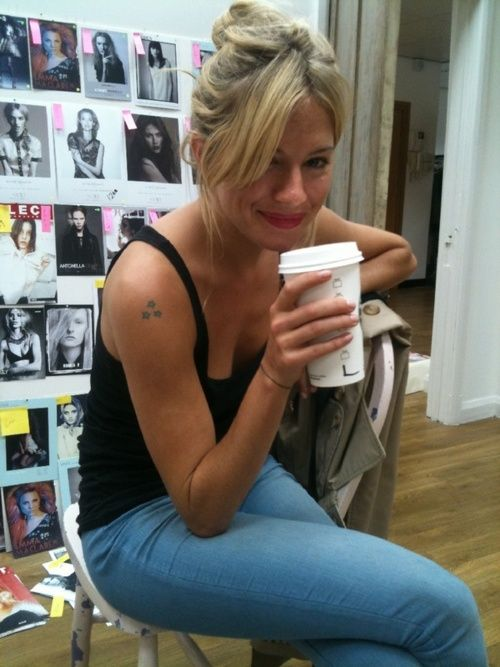 celebpal: Sienna miller- love lipstick color and all