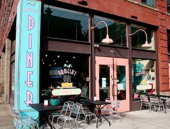Pamela's Diner - Enjoy Pittsburgh's best hot cakes