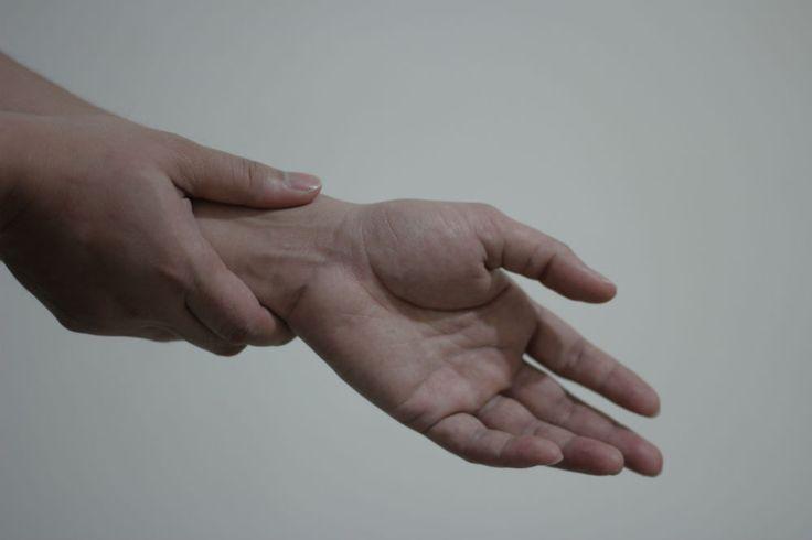 Babské rady: jak si poradit se syndromem karpálního tunelu