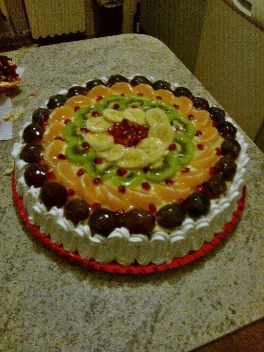 Torta sciantilly e frutta