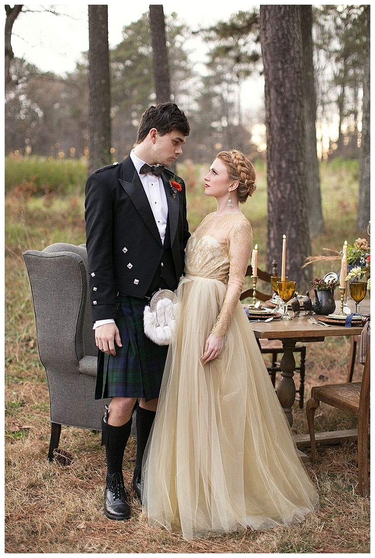 Scottish highlands wedding inspiration. Bride and groom with autumn reception table. Kilt from Atlanta Kilts. Image by Shauna Veasey Photography.