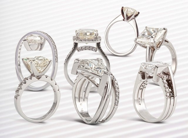 South African's most exclusive range of large-stone diamond rings.