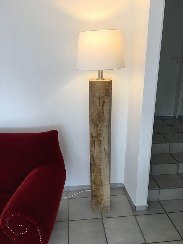 Stehlampe Aus Holz Eiche Bahnschwellen Stehlampen Lampen Kerzen Mit Liebe Handgemacht In Neuss Deutschland Von Dasbre Stehlampe Holz Diy Design Lampe